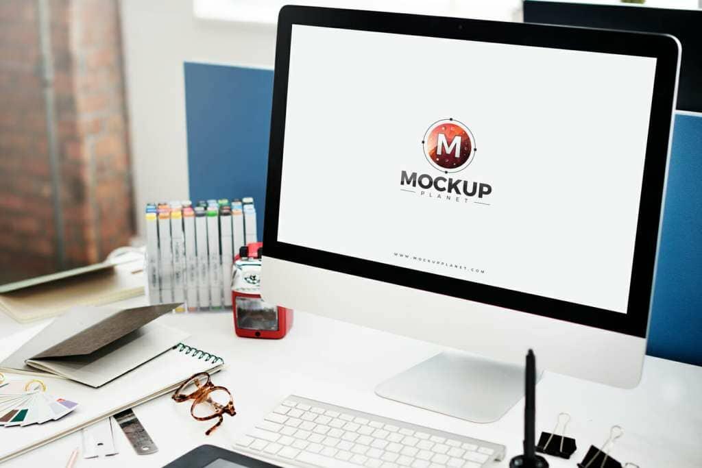 Computer Mockup For Website Screen Presentation