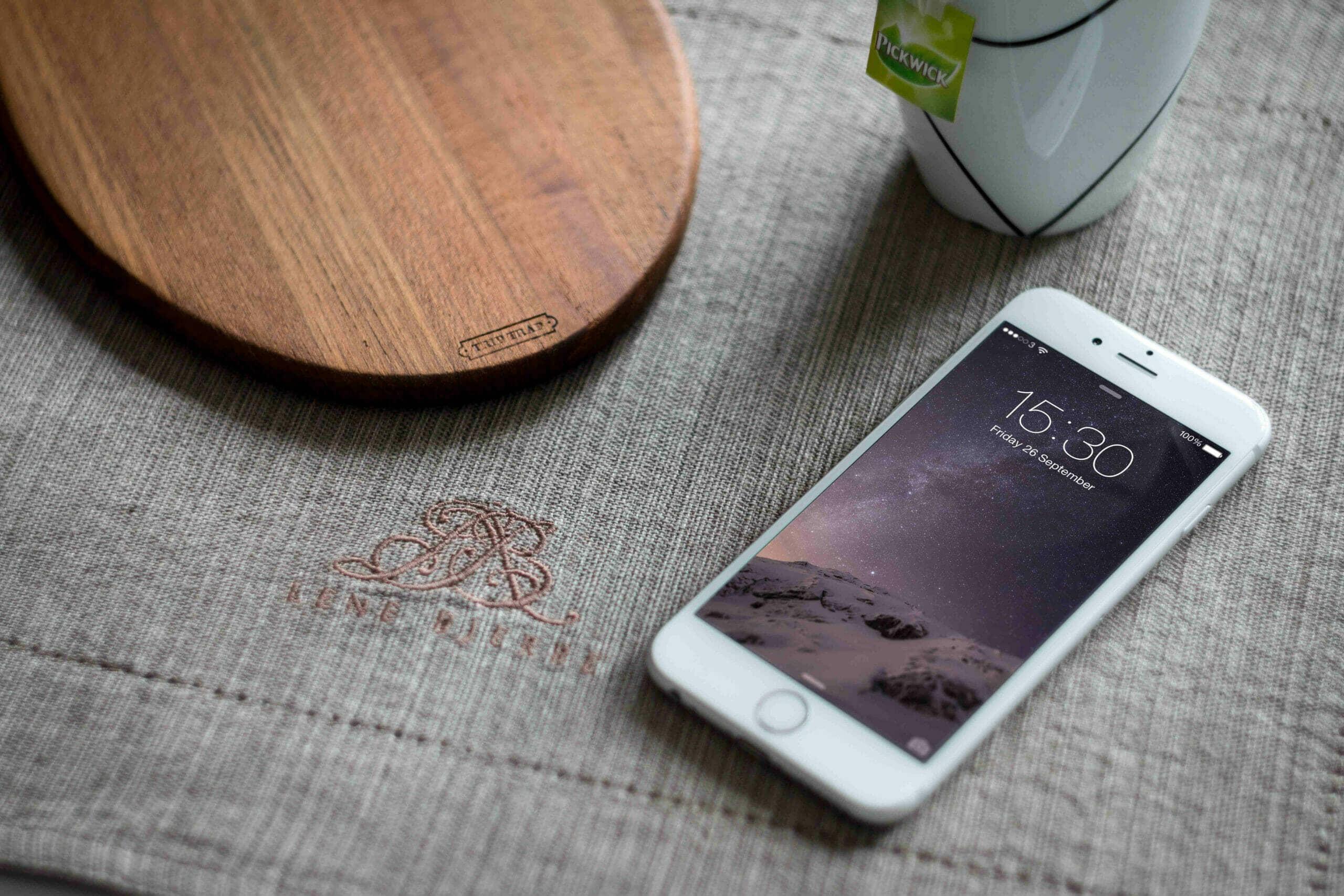 White iPhone 6 Photography Mockup