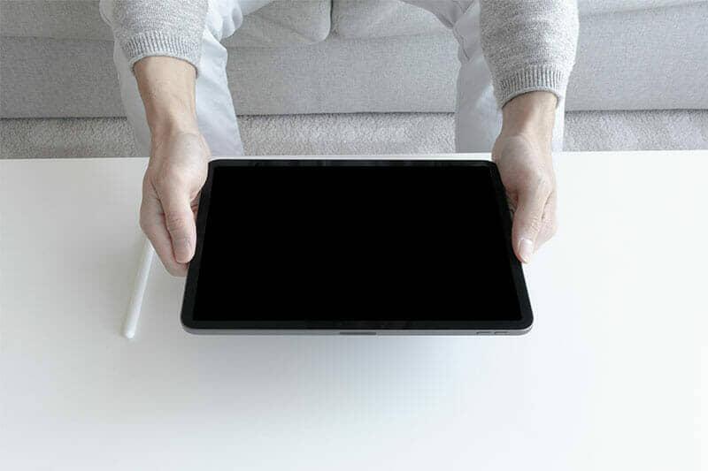 3 iPad Pro (3rd Gen) Mockups